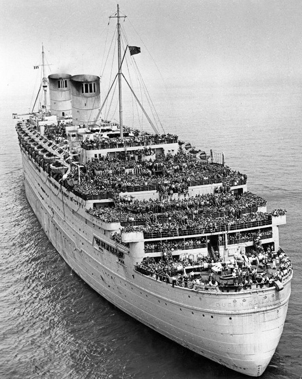 Troopship Queen Elizabeth